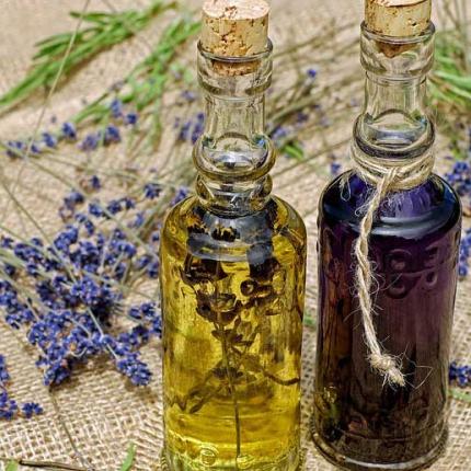 Nega od glave do pete prirodnim uljima